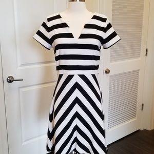 Ann Taylor Dress Sz 6